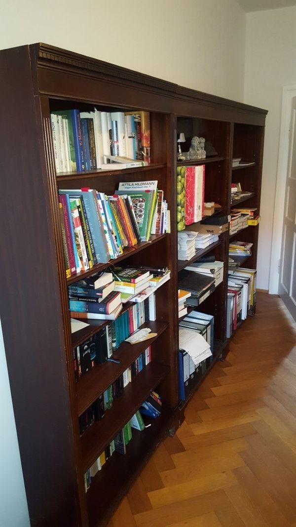 3 Bücherregale aus dunklem Holz zu verschenken in München - Regale ...